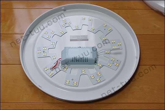 激安LEDシーリングライトの中