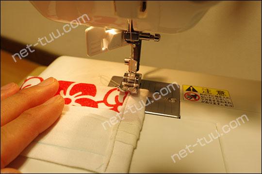 ゴム通しを縫い止める